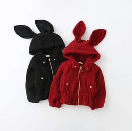 Abrigo De Conejo Baratos-Everweekend Kids Girls Invierno New Western Fashion Bunny Rabbit Eyes Abrigos Cremallera de bebé caliente Red Black Girls Outwears
