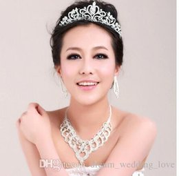 cheap silver wedding hair accessories NZ - Bridal crowns Accessories Tiaras Hair Necklace Earrings Accessories Wedding Jewelry Sets cheap price fashion style bride