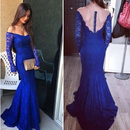 Barato Vestido De Baile De Finalistas-Mangas compridas Royal Blue Vestidos de noite V Neck Off Shoulder Lace Mermaid Evening Gowns Elegant Prom Dresses Illusion Back