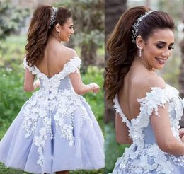 Robe De Retour En Dentelle Plus Taille Pas Cher-2018 Chic Short A Line Lavande Lace Robe Homecoming Arabe Dubai Handmade Flowers Graduation Cocktail Party Dress Plus Size Custom Made