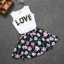 $enCountryForm.capitalKeyWord NZ - Two Piece Sets Baby Girl Clothes Summer Fashion Kids Clothes Tank Top with Girl Floral Dresses 17042901