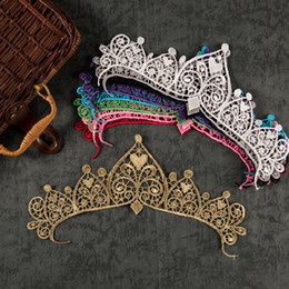 Barato Tecidos De Apliques-Metal Thread ouro rendas coroa flor bordado Lace applique Tecido Costuras Trim Costumes Applique Lace patch