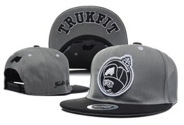 Wholesale Strapback caps Hot Sale new Men s Trukfit Snapback hats caps Women adjustable basketball tennis sports Bones Gorras cap