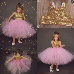 Robe Or Rose Pas Cher-Pink Two Pieces Flower Girls Robes Pour les jupes en bambou Sequined Top Tutu Jupes First Communion Dress Tea Length Summer Girls Pageant Gowns