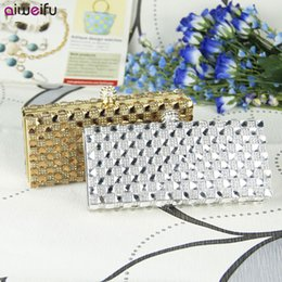 Crystal Clear Phone Cases NZ - Luxury Diamond Evening Bag Clear Crystal Women Handbag Stylish Plaid Rhinestone Clutch Purse Hard Case Bag - IWF919