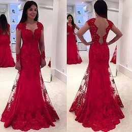 Robes Formelles Sexy Sans Dos Pas Cher-Long Sleeve Mermaid Red Robes de soirée V-Neck Tulle Applique Beading Backless Sweep Train Formal Prom Dresses