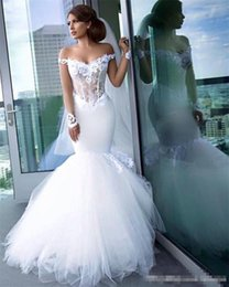 Barato Rendas De Tule Catedral Trem Vestido-Gorgeous Mermaid Wedding Dresses Tiered Tulle Ruffles Backless Off Shoulder Lace Vestidos de casamento Cathedral Train vestidos de novia Bridal Gown