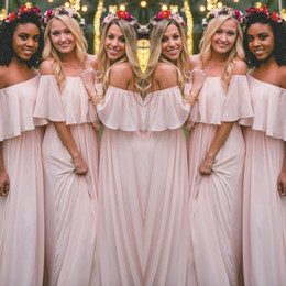 Barato Estilos De Vestido Mais Recentes-Mais recente Blush Pink Bohemian-Style Bridesmaid Vestidos Sexy Ruched Off Ombro Chiffon Long Prom Vestidos Cheap Pretty Party Dress Para Casamentos