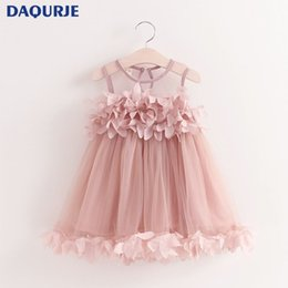 Vestidos De Novia Para Bebés Niñas Baratos-Las muchachas del verano 2017 visten la ropa sin mangas del chaleco de la malla del chaleco de la muchacha de la princesa Dress Petal Decoration Wedding Party Chlidren Clothes