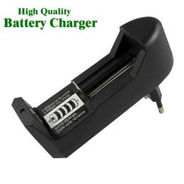 Горячие Продажи Универсальный 18650 Зарядное Устройство Для 3.7 В 18650 16340 14500 Литий-Ионная Аккумуляторная Батарея Высокое Качество ЕС США Plug Адаптер Зарядки на Распродаже