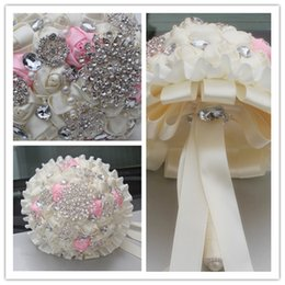 white pink flower bouquet NZ - White Pink Satin Ribbon Wedding Bouquets Diamond Pearls Artificial Flowers Rhinestones Crystal Sweet 15 Quinceanera Bouquets PL001