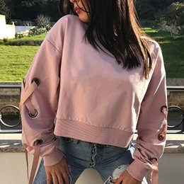 Venda Del Lazo Del Arco Baratos-Punk Rock Cinturón Bow Crop Short Sweatshirt Cuello de cuello redondo Criss-Cross Bandage Tie Hollow Out Casual Hoodies Femme Otoño Tops