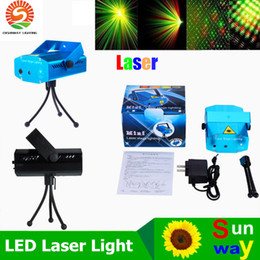 Venta al por mayor de Luces de escenario láser portátiles (color rojo + verde) Multi All Sky Star Iluminación Mini DJ Laser para la fiesta de Navidad Inicio Club de boda Proyector