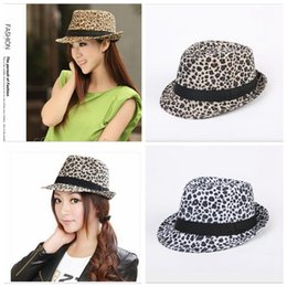 7b86acc664b Leopard print caps white grey fitted caps fashion caps medium size for  almost 4 colors YYA890 leopard flat cap outlet