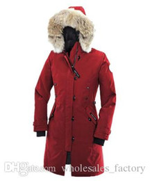 Barato Parkas De Ganso Para Mulheres-Winter Outdoors Canada Medium Thicker Warmer Moda White Goose Down Down Encapuzado Raccoon Women's Down Parkas