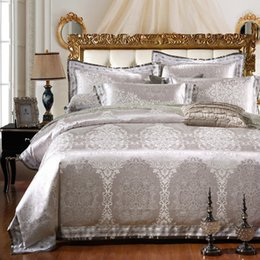 $enCountryForm.capitalKeyWord Canada - Wholesale-SunnyRain 4 6-Pieces Silver Luxury Bedding Set Queen King Size Bed Set Jacquard Lace Duvet Cover Bed Sheet Bed Linen