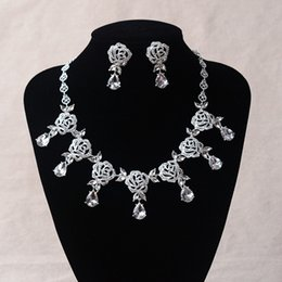 Collares Delicados De La Boda Baratos-Delicada Foral Crystal Rhinestone Wedding Bridal Collar Pendientes Set Moda Foto Bride Accesorios Evening Prom Party Homecoming Joyería