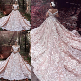 Robe Modeste Robe De Mariée Pas Cher-Elie Saab 2016 Modeste Blush Church Train Country Robes de Mariage 3D Fleur Floral à la main Off Shoulder Dubai Arabe Robes de Mariée de Mariage