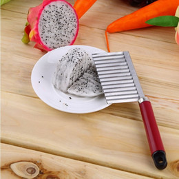 carrot cutter slicer Canada - 100pcs French Fry Cutters Potato Dough Waves Crinkle Cutter Slicer Potato Cutter Slicer Kitchen Vegetable Carrot Chip Blade