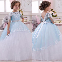 Robes D'anniversaire Pour Bébés Pas Cher-2017 Light Blue Princess Sheer Lace Flower Girl Robes Pageant Baby Party Frocks pour fille Birthday Wedding Party Ball Gown