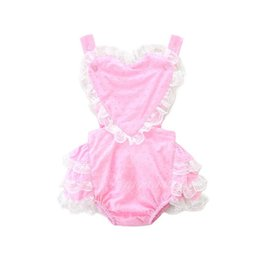Baby Girl Cute Bodysuits Pas Cher-Ins 2017 Summer Baby Girls Cute Bodysuits Love Heart Tiered Lace Backless Princess Combinaisons Vêtements pour bébés Vêtements pour enfants E17215
