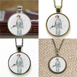 Earring guns online shopping - 10pcs Star Leia Organa Solo Art women with a gun Necklace keyring bookmark cufflink earring bracelet