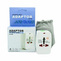 Nuevo All in One Adaptador internacional de enchufe Adaptador del cargador de alimentación de CA de World Travel con AU EE.UU. REINO UNIDO UE convertidor de enchufe en venta