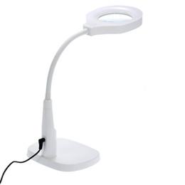 Venta al por mayor de Freeshipping manos libres lupa lupa flexible con luz versátil 2 en 1 lupa iluminada lámpara de escritorio con abrazadera y soporte de base