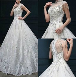Barato Vestidos De Casamento Nupcial Chique-Chic Lace Wedding Dress 2018 High Neck Crystal Vestidos de noiva Sweep Train Appliques A Line Wedding Dress Custom Made