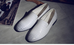 $enCountryForm.capitalKeyWord Canada - Black Spikes Rhinestones Glitter Men Loafers Smoking Slipper Casual Shoes Wedding Red Weaving Bottom Dress Men's Flats Genuine Leather