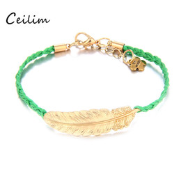 $enCountryForm.capitalKeyWord Canada - Fashion gold color leaves bracelet jewelry vintage feather leaf genuine handmade alloy charms bracelet for friendship wholesale free ship