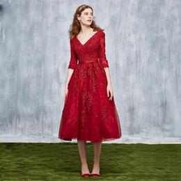7f9e0b4830 Vino rojo vestidos de baile de encaje vestido de bola vino rojo vestidos de  noche con cuello en v manga tres cuartos con cordones vestido de noche  espalda ...