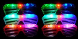 партия выступает аксессуары для вечеринок 12 загораются очки светодиодные оттенки солнцезащитные очки мигающий свадебные украшения партии