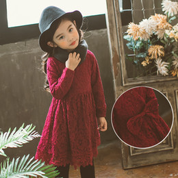 Flores Rojas Coreanas Baratos-Everweekend Lovely Kids Girls flores bordadas de encaje Princess Dress Sweet Children Bow Coreana de color rojo vestido negro