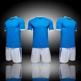 Barato Desconto Shorts Homens-No Brand Men Training Soccer Jerseys Uniform, Personalizar Tops de futebol com Shorts, Desconto Meninos baratos Team gym Sports wear, Dropshipping Aceite