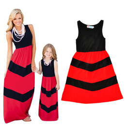 Chinese  Mother Daughter Dress 2017 Summer Fashion Red Black Striped Matching Mom And Me Clothes Sleeveless Mommy Daughter Dresses Family Look manufacturers