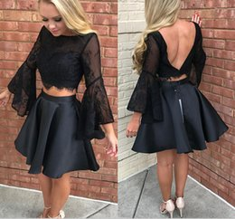 Barato Backless Top Laço Preto-Black Two Pieces Dresses Party Evening Wear Lace Top trompete Long Sleeves Short Vestido Homecoming Vestido de baile Backless Vestidos Festa barato