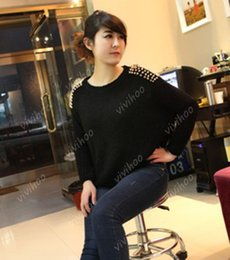 Chandail Tricoté Punk Pas Cher-Vente en gros - Wholesael 2016 Fashion Batwing Sleeve Chain Punk Stud Rivets Design Loose Solid Pullover Casual Wool Knitted Sweater Shirt Tops