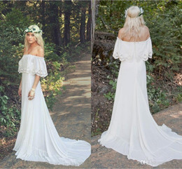 China 2018 New Arrival Lace Chiffon Bohemian Wedding Dresses Off Shoulder Plus Size Cheap Beach Boho Hippie Sweep Train Bridal Wedding Gowns supplier hippie gowns suppliers