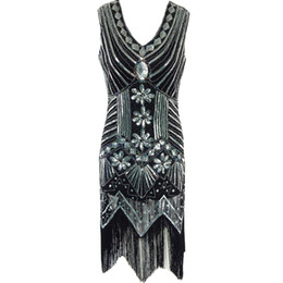 Vestido Festoneado En Cuello En V Baratos-Las mujeres de los años 20 Gatsby Rose Gold Sequin vestido de cuentas Art Deco festoneado Hem Deep V Back inspirado borla Flapper Dress Party Costumes