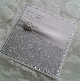 Wholesale CA0681 Personalised Glitter Wedding Invitations with Satin Ribbon and Pearl Brooch