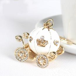 Nouveau plaqué or alliage cendrillon chariot citrouille porte-clés porte-clés faveurs de mariage et cadeaux souvenirs de mariage en Solde