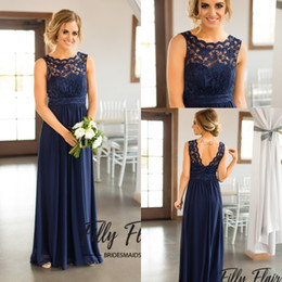 Wholesale New Country Navy Blue Scoop Bridesmaid Dresses Cheap Beach Beach CHiffon Wrinkles Lace Sheer Long Pregnant Maid of Honor Party Gowns