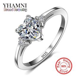 dcbc7dce1b2a Comercio al por mayor Real 925 Anillo de Bodas Corazón de Plata Joyería  Fina Embutido Corazón CZ Diamant Anillos de Compromiso Para Las Mujeres  RX008