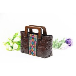 crochet japan UK - The new Thai version of rattan grass handmade woven women 's style Japanese and Korean style wooden handle handbag retro travel beach bag
