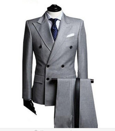 Smokings À Revers Double À Bretelles Pas Cher-Vente en gros-2016 Nouveau Grey Double Breasted Notch Lapel Costumes d'affaires Tuxedos Groommen Groomsmen Costumes de mariage (Jacket + Pants + Tie)