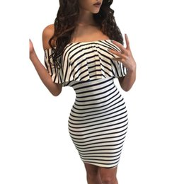 Barato Vestido Preto Com Listra Preta-New Women Summer Bodycon Vestidos Sexy Slash Neck Black Stripe Dress Branco fora do ombro Slim Sheath Vestido Casual Vestidos Listrado Cheap