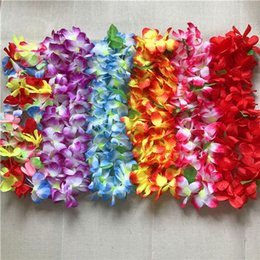 Verano Hawaiano Baratos-100PCS Hawaiian Hula Lei Hawaii Playa Tema Luau Partido Garland Collar Flower Wreath Garland Verano Partido Leis Partido Decoración