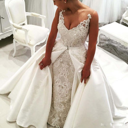 Barato Trompete Da Sereia Do Desenhista-Designer Sexy Beads Mermaid Lace Vestidos de casamento com trem destacável 2017 Lace Applique Scoop pescoço trompete Bridal Gowns