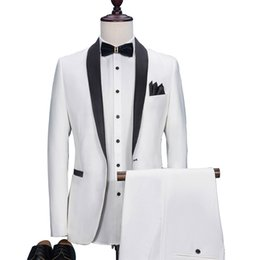 Barato Costume Costume Imagens-Two Piece Black and White Mens Tits Shawl Lapel Custom Made Slim Wedding Groom Tuxedos 2017 Imagens reais